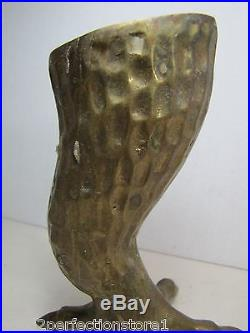 Vtg Brass Clawed Chicken Foot Candlestick unique finely detailed candle holder